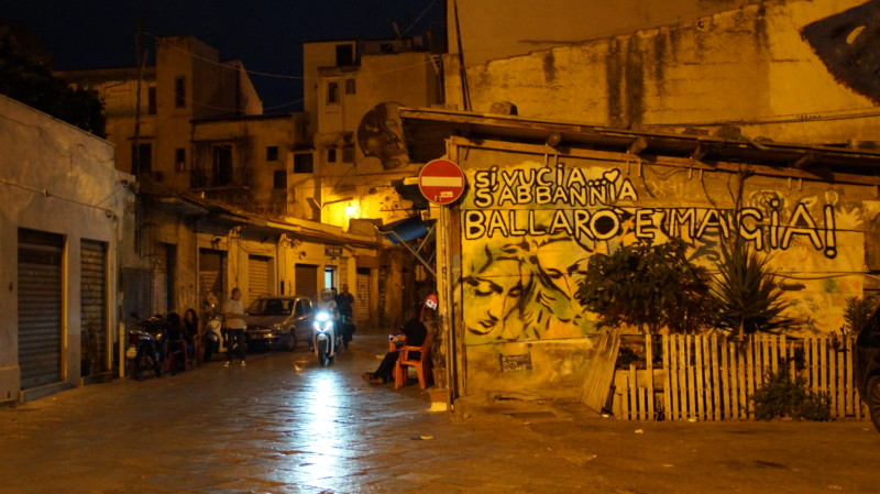 Immigrant neighbourhood Ballarò, 2019 © Minor