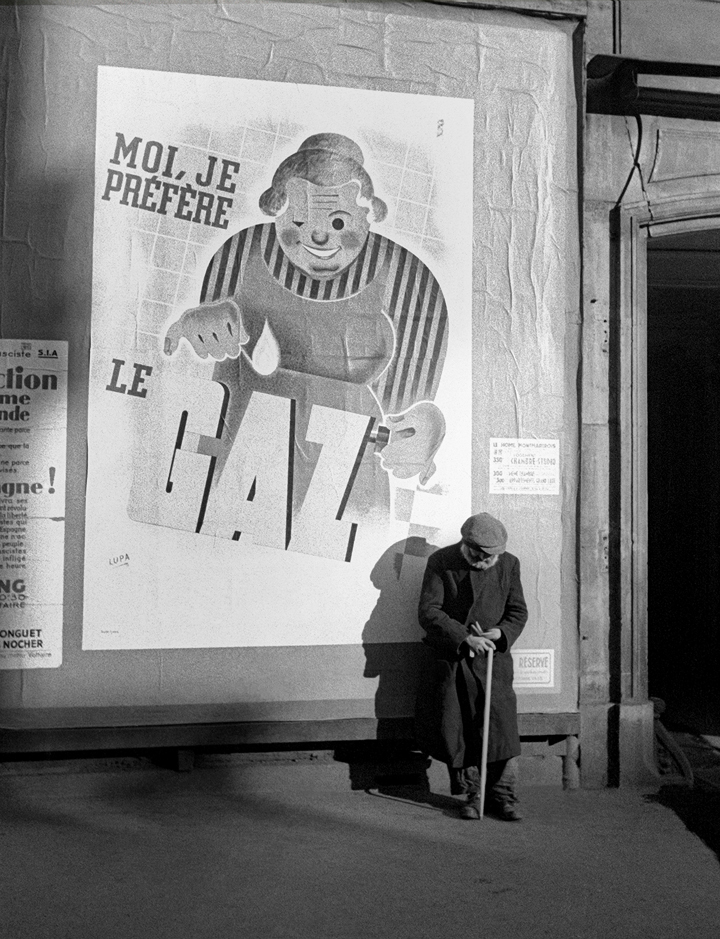 Le Gaz, Paris, 1935 © Fred Stein Archive