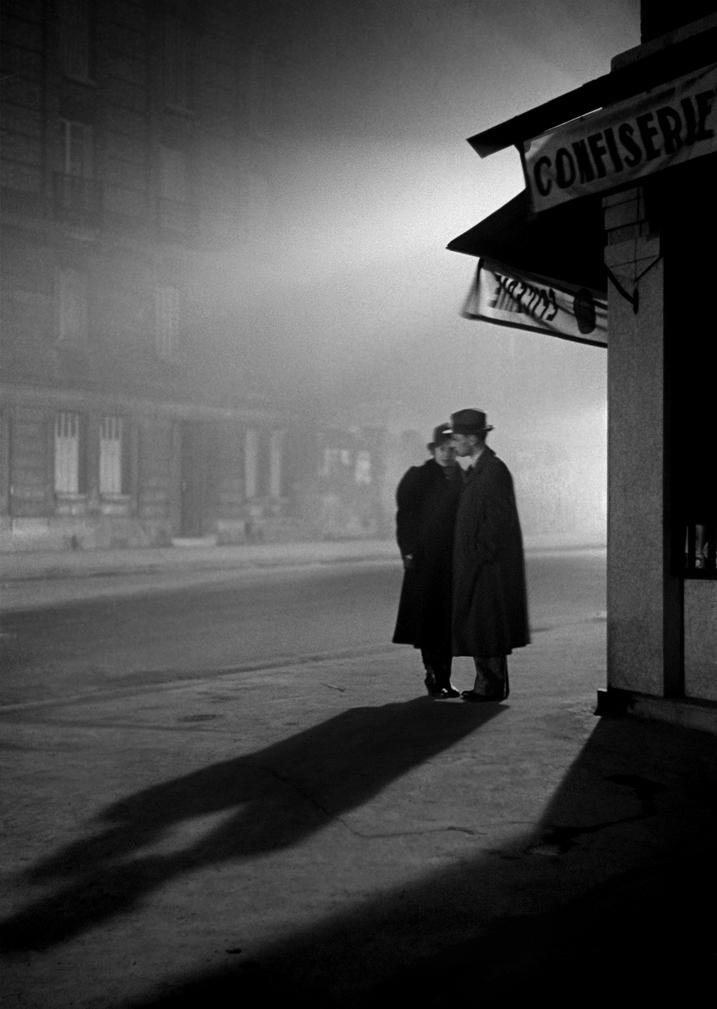 Evening in Paris, 1934 © Fred Stein Archive